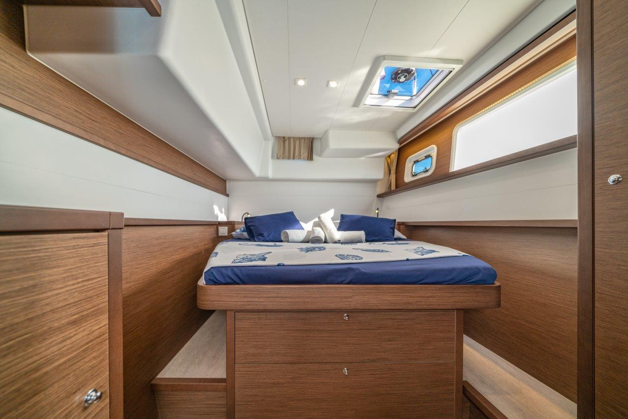 Lagoon 450 Sport LUX equipped with generator, A/C (PRINCESS SOFIA)  - 2