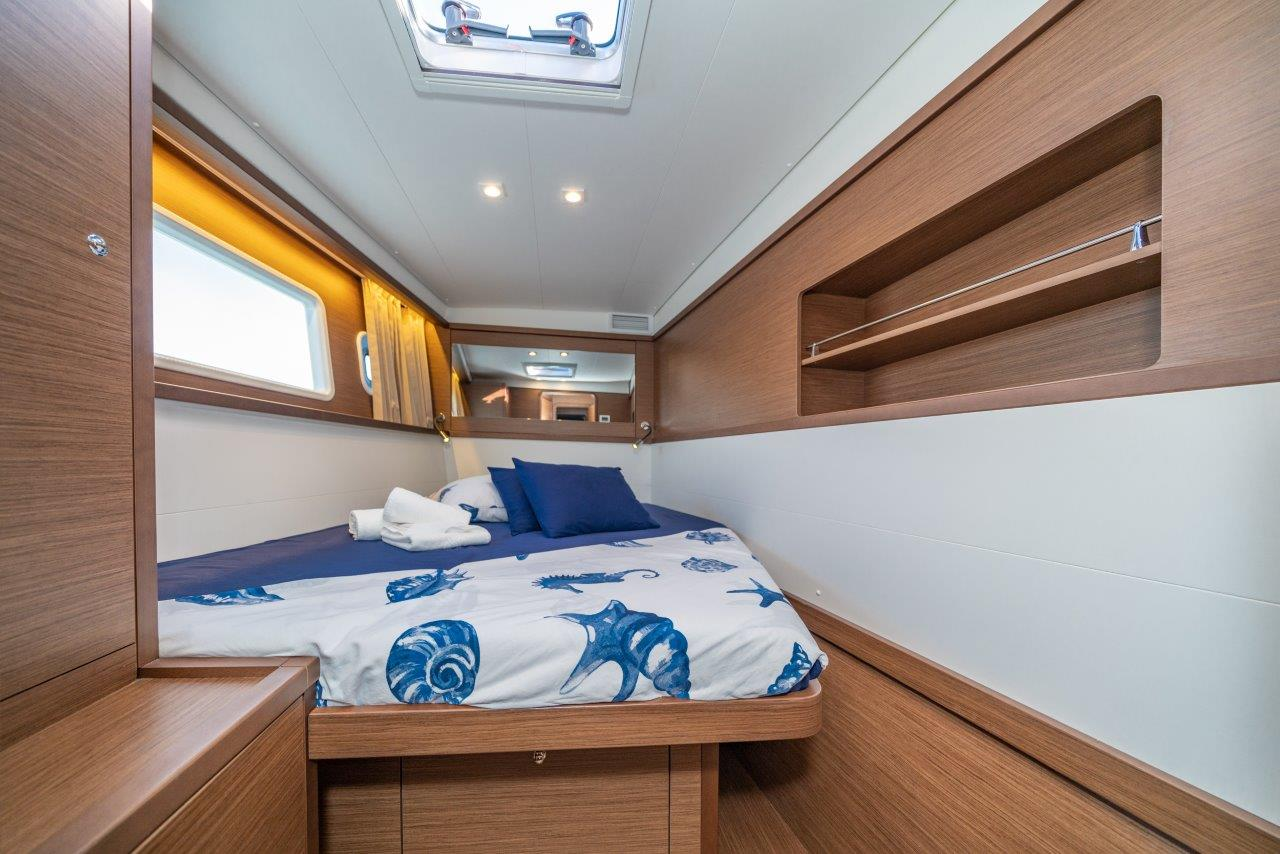 Lagoon 450 Sport LUX equipped with generator, A/C (PRINCESS SOFIA)  - 13