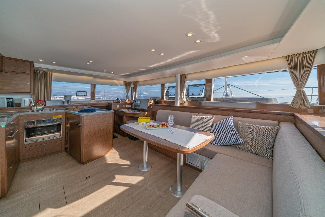 Lagoon 450 Sport LUX equipped with generator, A/C (PRINCESS SOFIA)  - 1