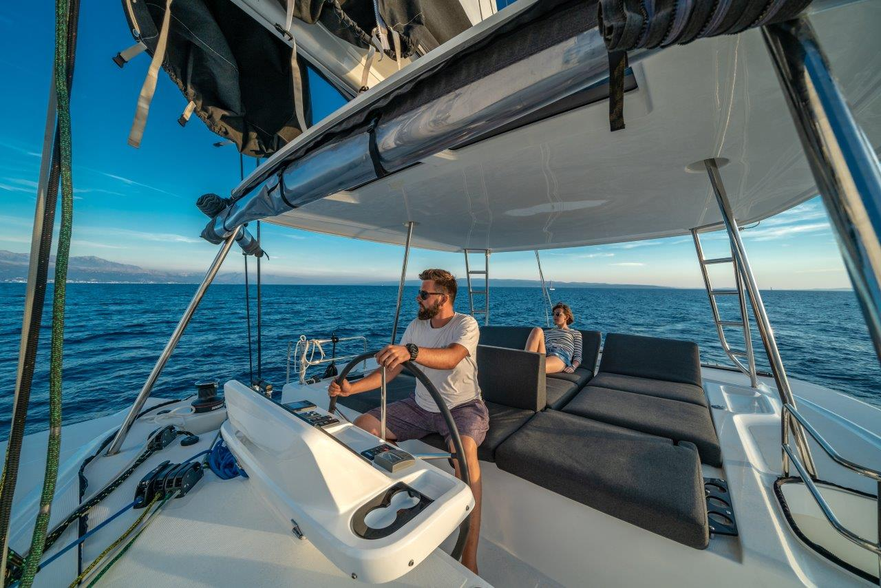 Lagoon 50 (2018)equipped with airconditioning (sal (CAPTAIN MORGAN)  - 5
