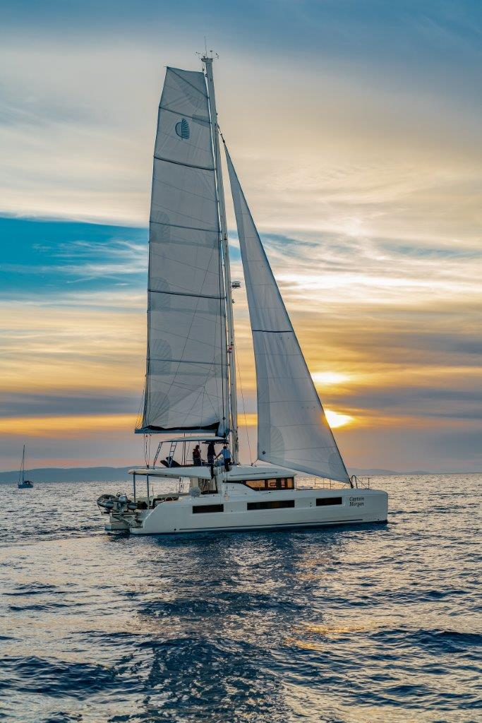 Lagoon 50 (2018)equipped with airconditioning (sal (CAPTAIN MORGAN)  - 4