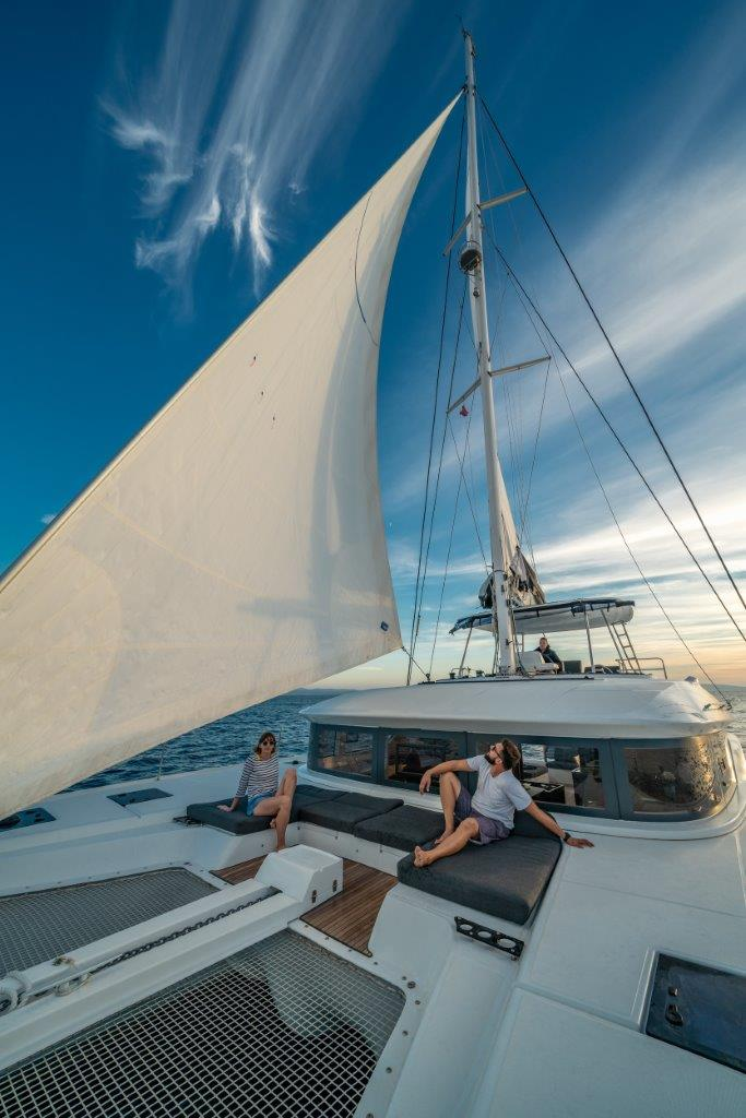 Lagoon 50 (2018)equipped with airconditioning (sal (CAPTAIN MORGAN)  - 9