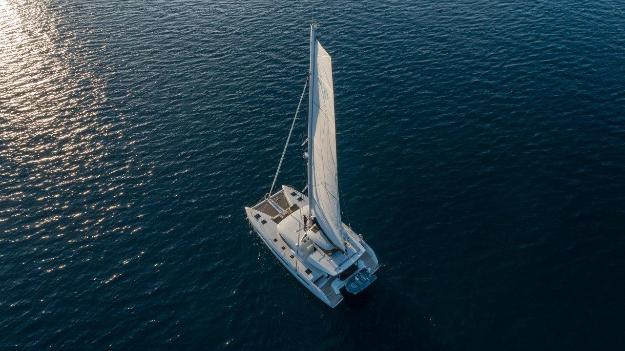 Lagoon 50 (2018)equipped with airconditioning (sal (CAPTAIN MORGAN)  - 1