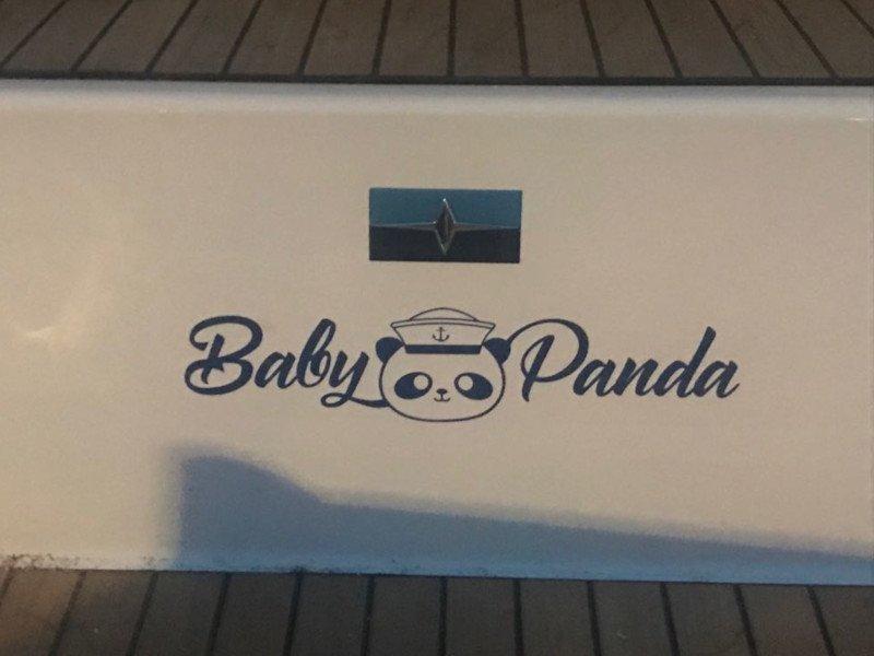 Bavaria Cruiser 37 (Baby Panda AC shore power underwater light)  - 10