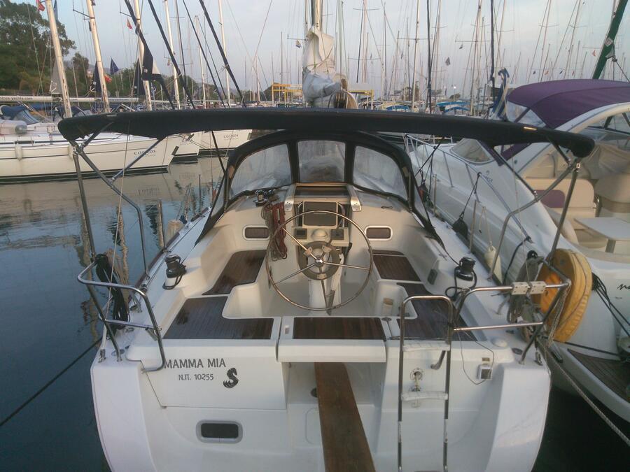 Oceanis 34 (Mamma mia) Main image - 5