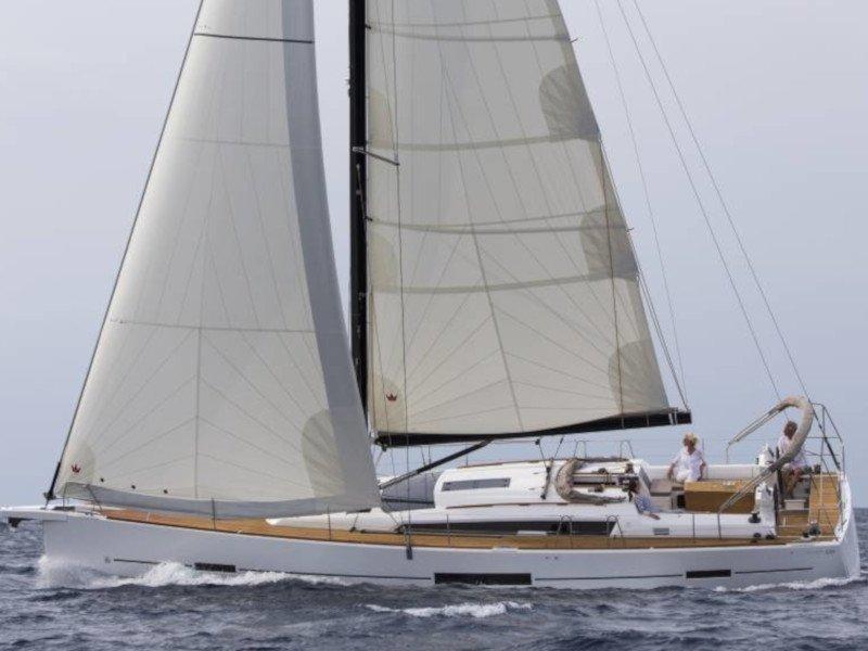Dufour 520 Grand Large (Fregate) Main image - 0