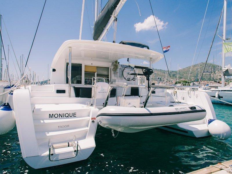 Lagoon 39 (Monique)  - 39