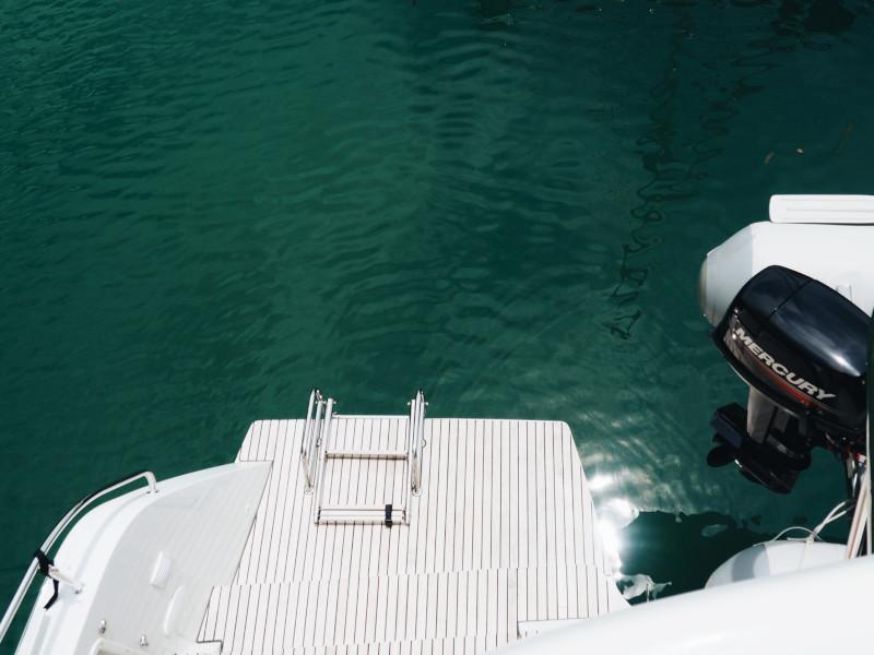 Lagoon 42 -Owner's Version (P&B) Swim platform - 6