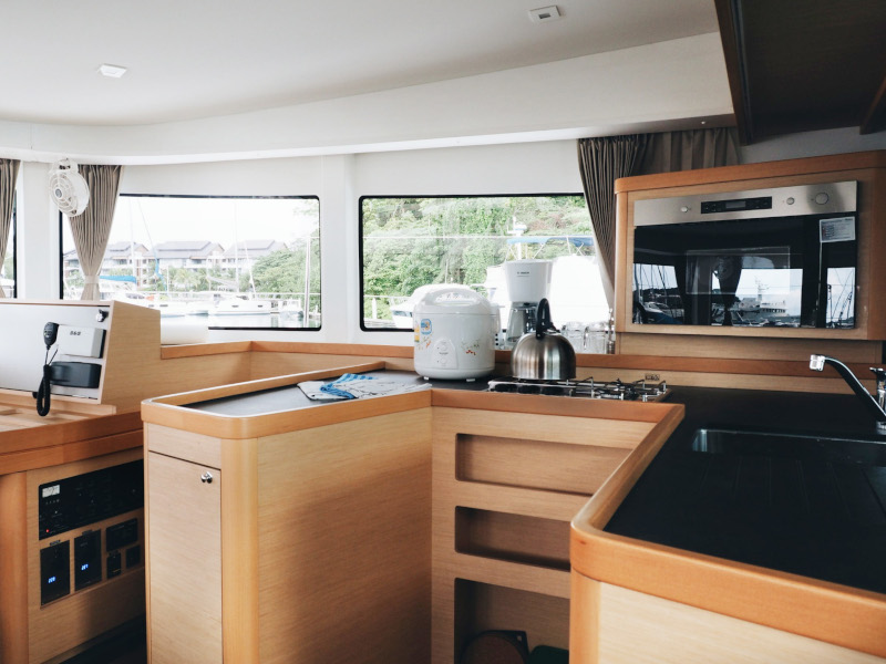 Lagoon 42 -Owner's Version (P&B) Galley - 3