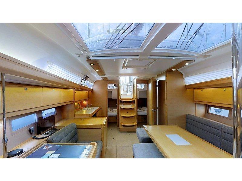 Dufour 410 Grand Large (Mila) Interior image - 3