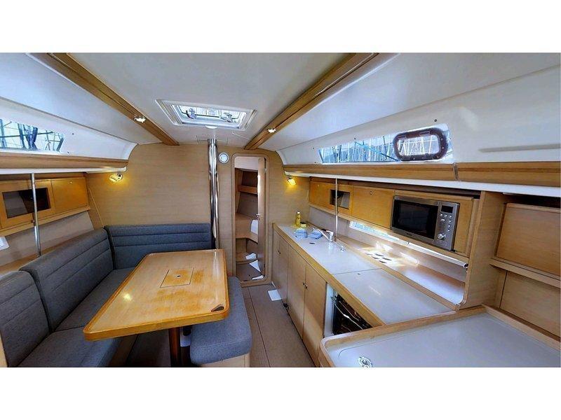 Dufour 380 Grand Large (Lika FB) Interior image - 4