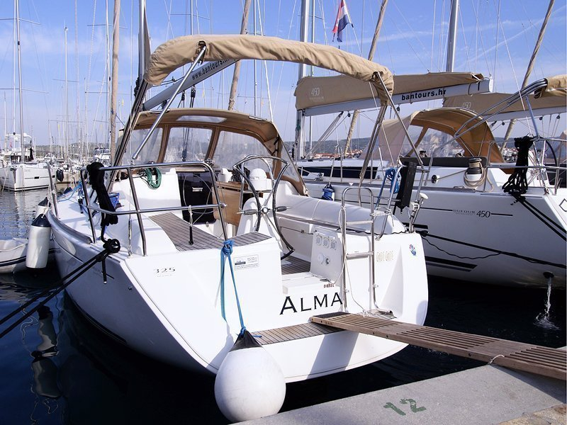 Dufour 325 Grand Large (Alma R )  - 13