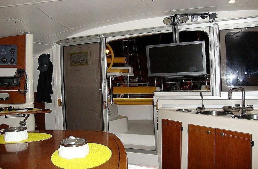 Lavezzi 40 (Daniela) Interior image - 2