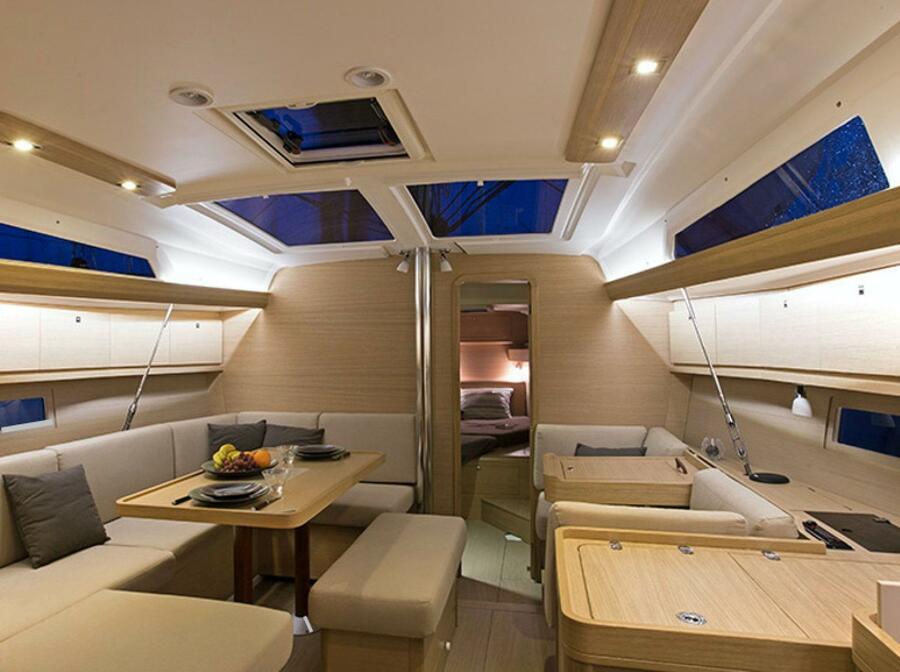 Dufour 410 Grand Large 6 (Julia) Interior image - 2