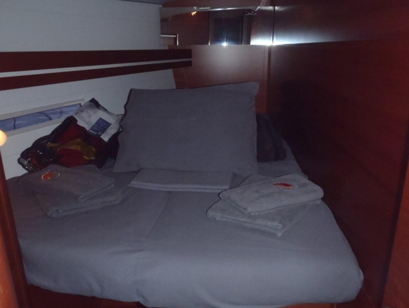Dufour 445 GL (Pyrrha) Pic_cabin - 4