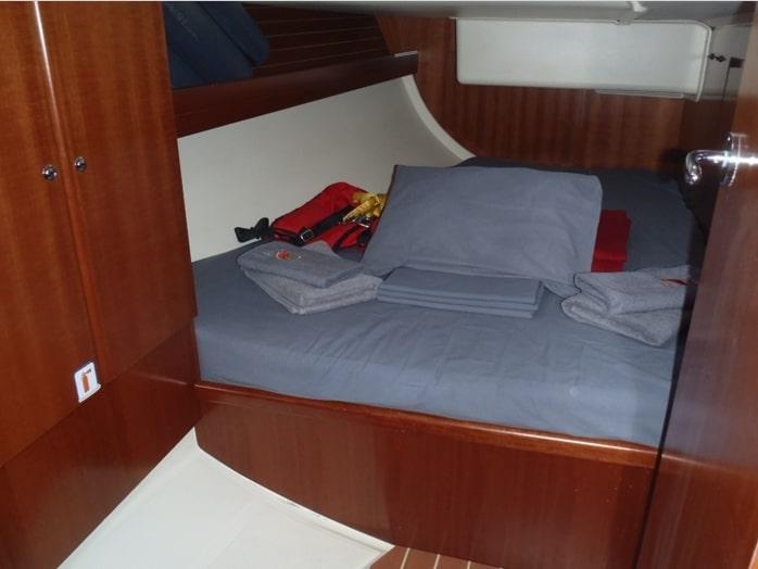 Dufour 425 (Loreley) pic_cabin - 7