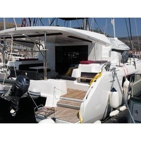 SUMMER STAR (with watermaker, generator & AC, dinghy with OB 40 HP)