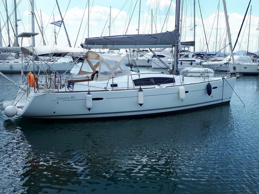 Beneteau Oceanis 40 (Tosca) Main image - 20