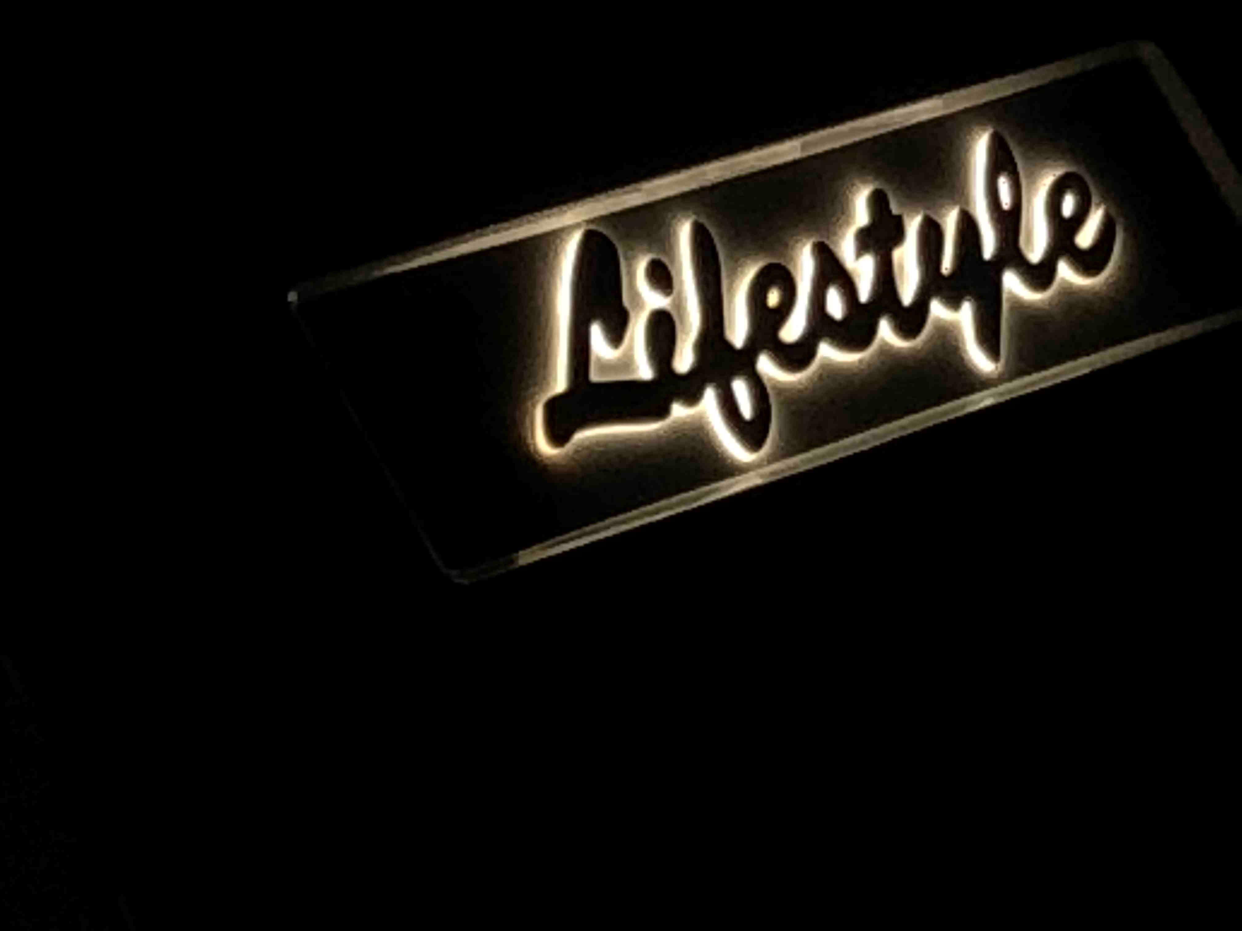 Elegance 60 Fly (Lifestyle 1)  - 14