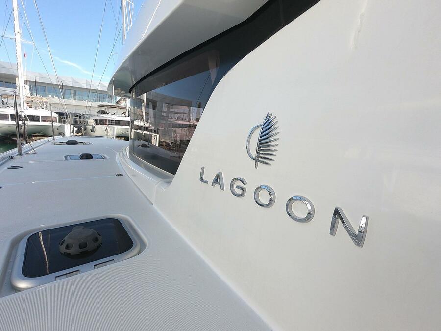 Lagoon 42 (MEERKAT)  - 2