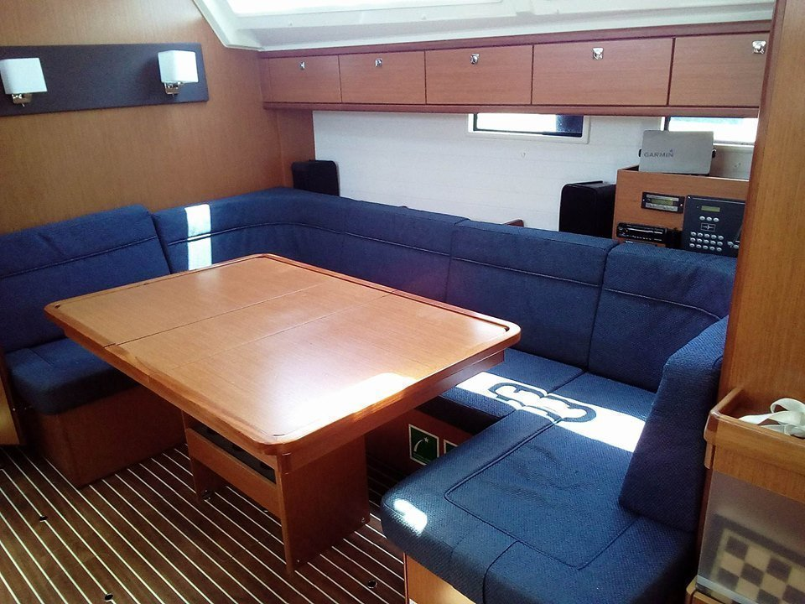 Bavaria Cruiser 46 (Delos) Interior image - 2