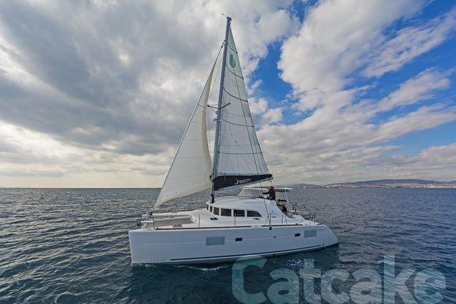 Lagoon 380 S2 (Catcake)  - 7