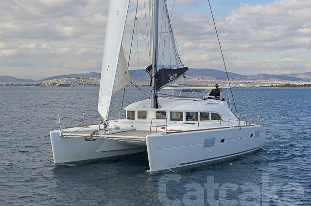 Lagoon 380 S2 (Catcake)  - 21