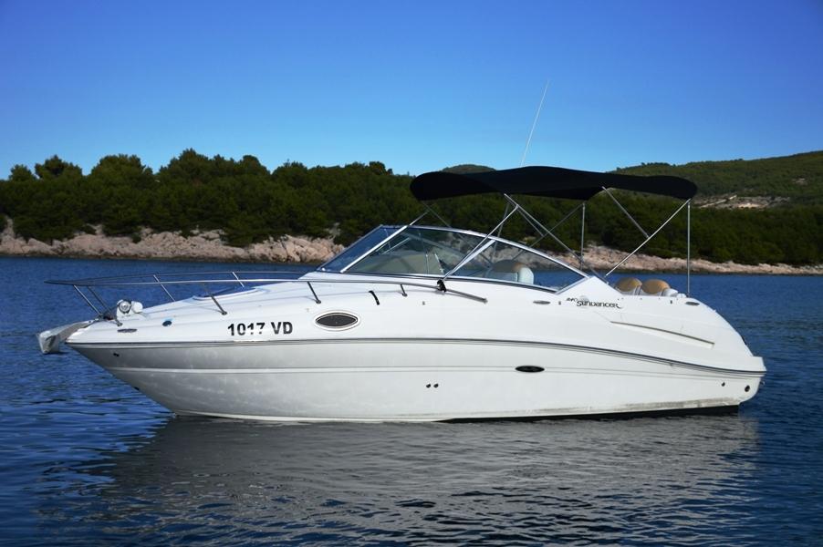 Sea Ray 240 Sundancer (1017 VD)  - 25