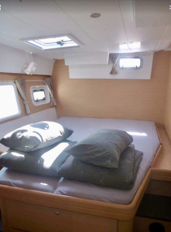 aft starboard cabin - 1