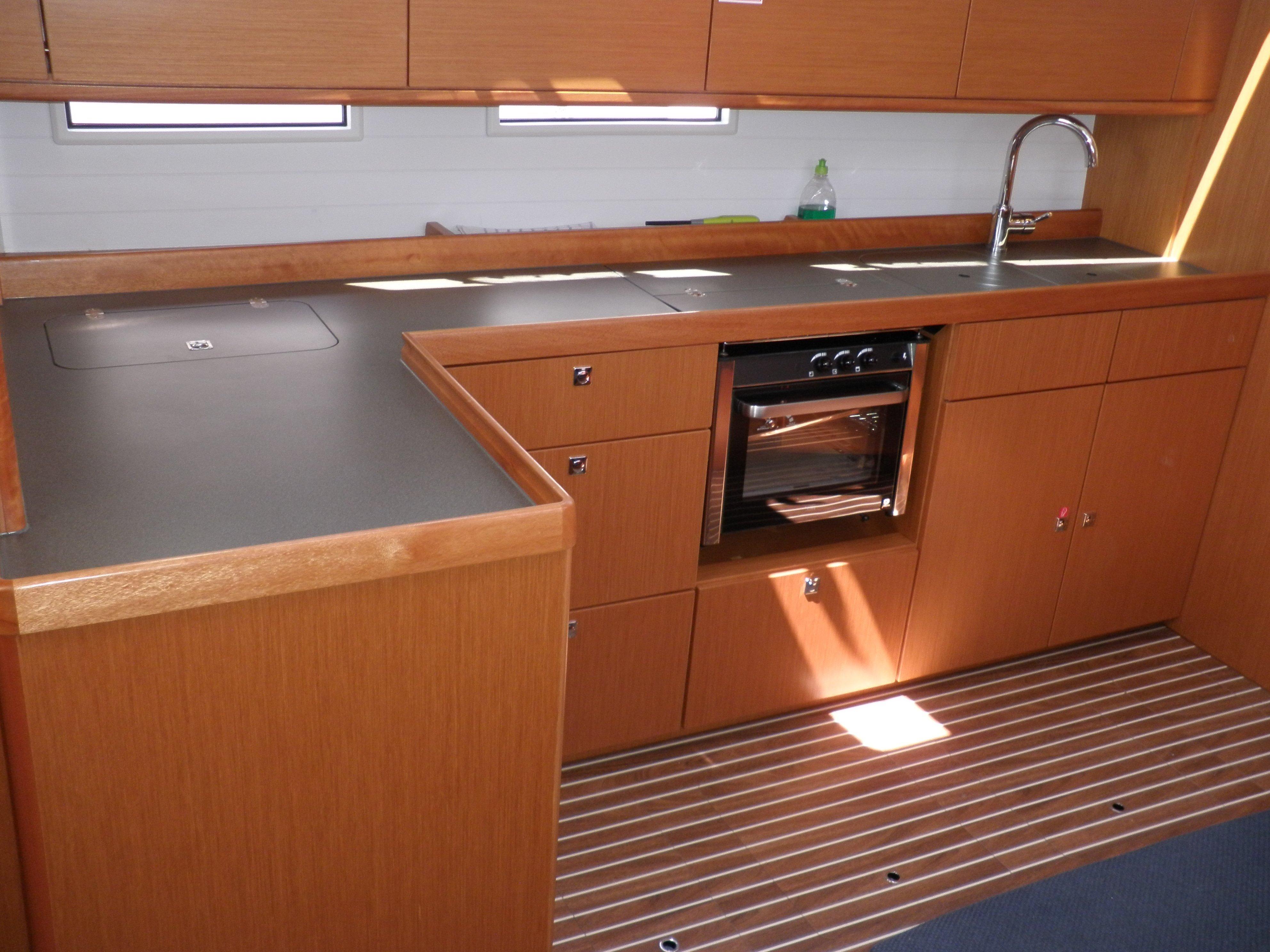 Bavaria Cruiser 34 (TIKA)  - 9