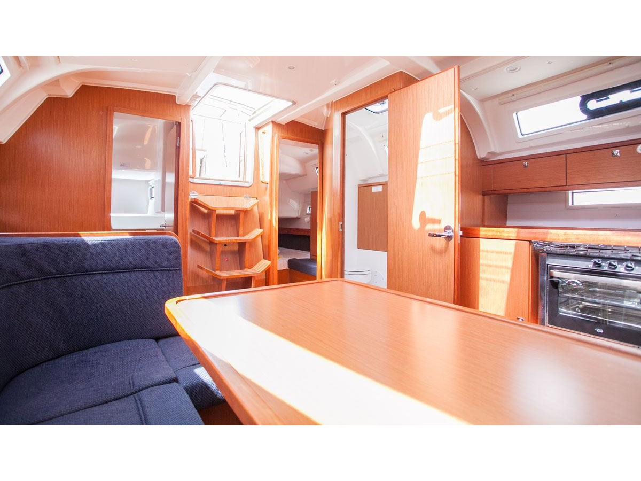 Bavaria Cruiser 41 (Dolce vita) Interior image - 13