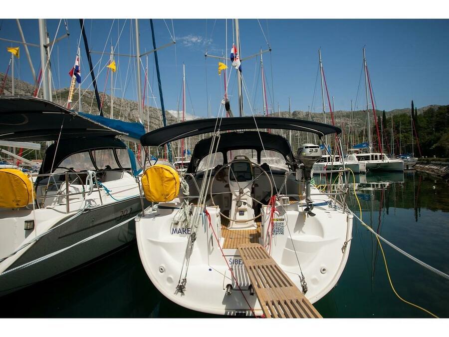 Bavaria 37 Cruiser (Mare) Main image - 0