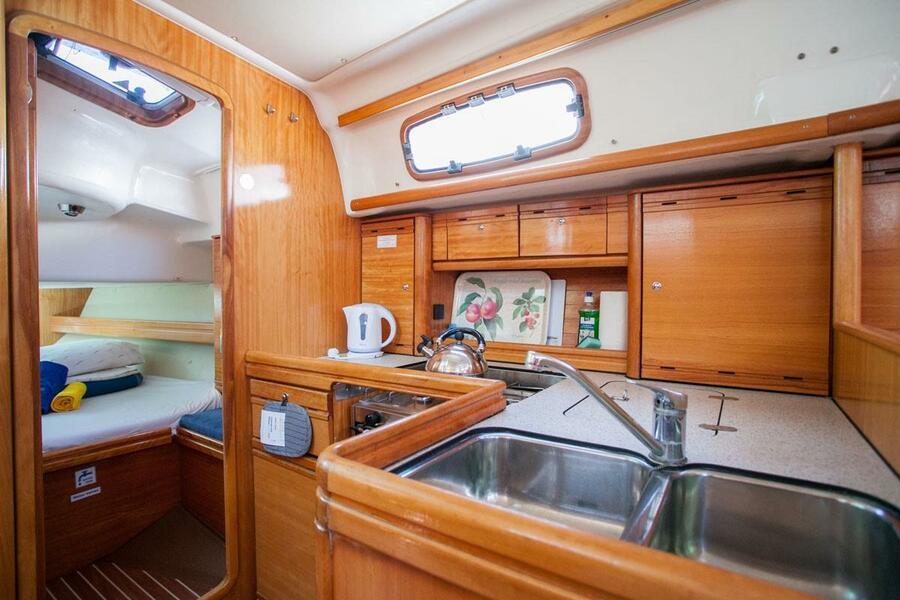 Bavaria 37 Cruiser (Mare)  - 13