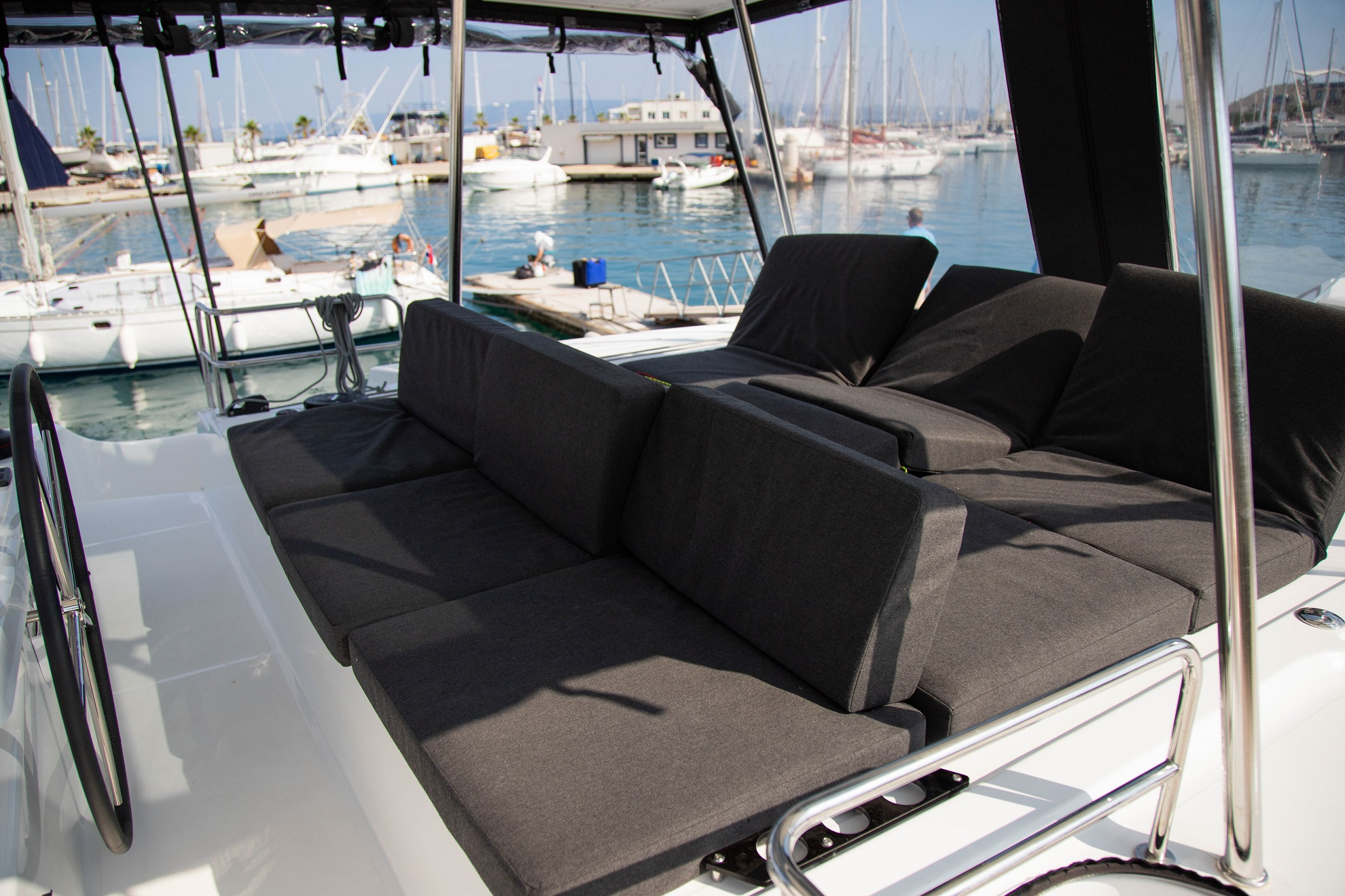 Lagoon 50 LUX elegance (2019) equipped with aircon (TWIN JOY)  - 15