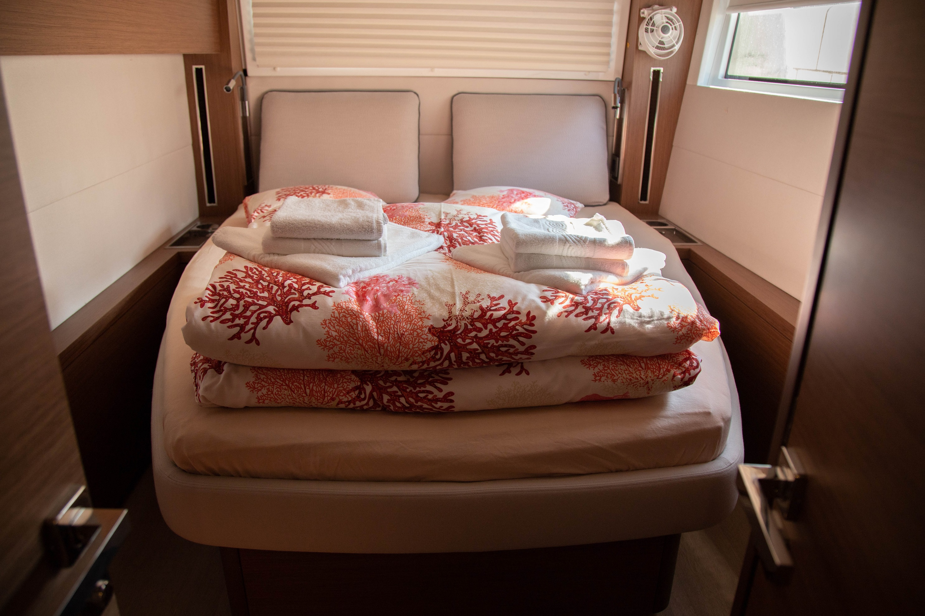 Lagoon 50 LUX elegance (2019) equipped with aircon (TWIN JOY)  - 14