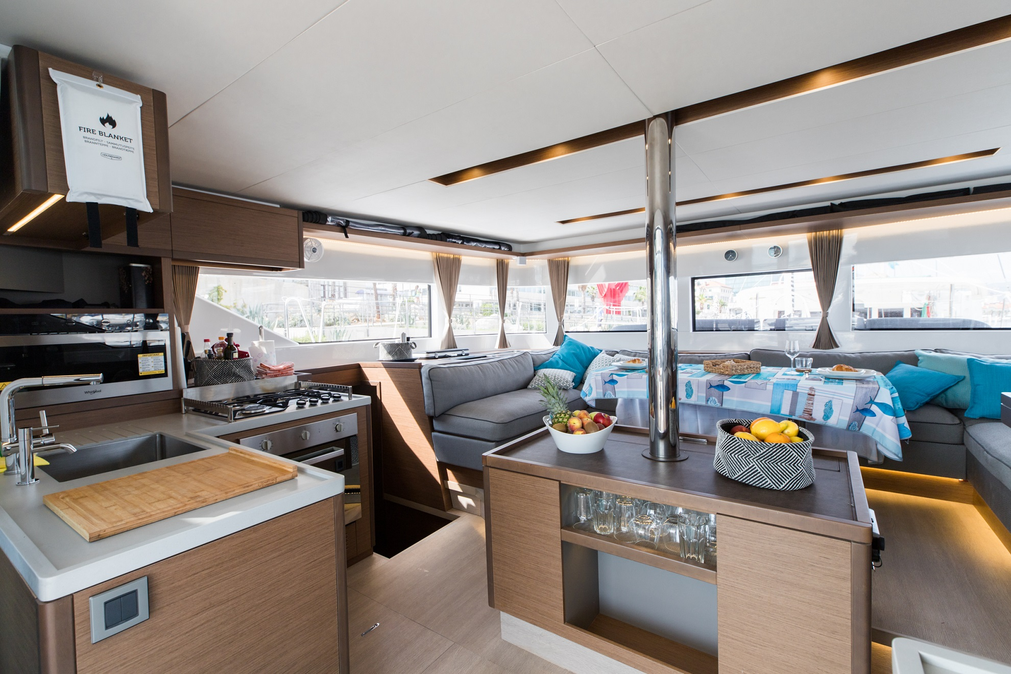 Lagoon 50 LUX elegance (2019) equipped with aircon (TWIN JOY)  - 4