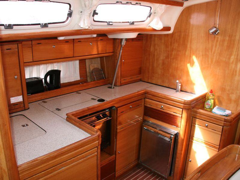 Bavaria 46 Cruiser (aruna) Interior image - 18