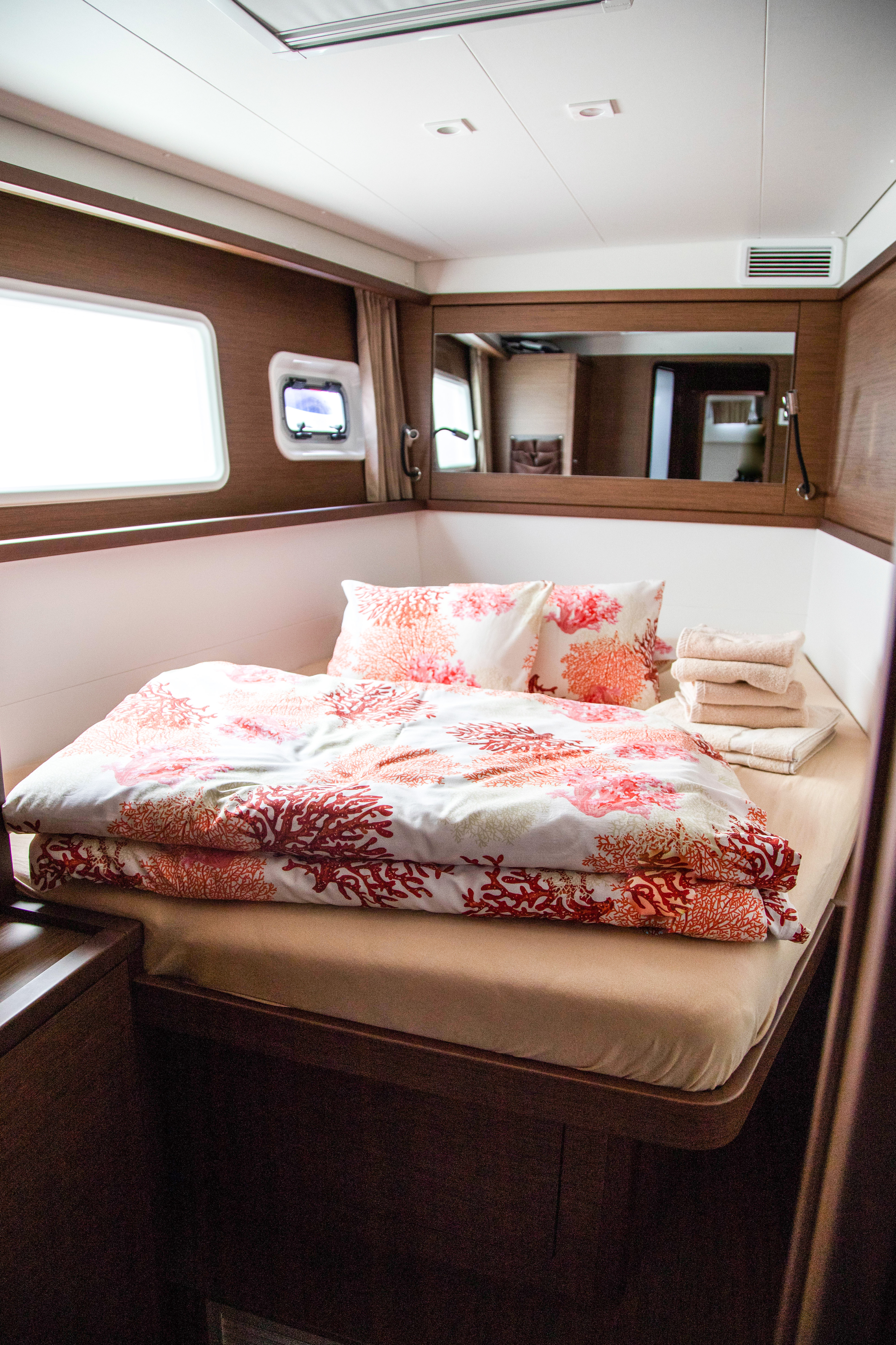 Lagoon 450 Sport (2019) equipped with generator, A (VJERA)  - 5
