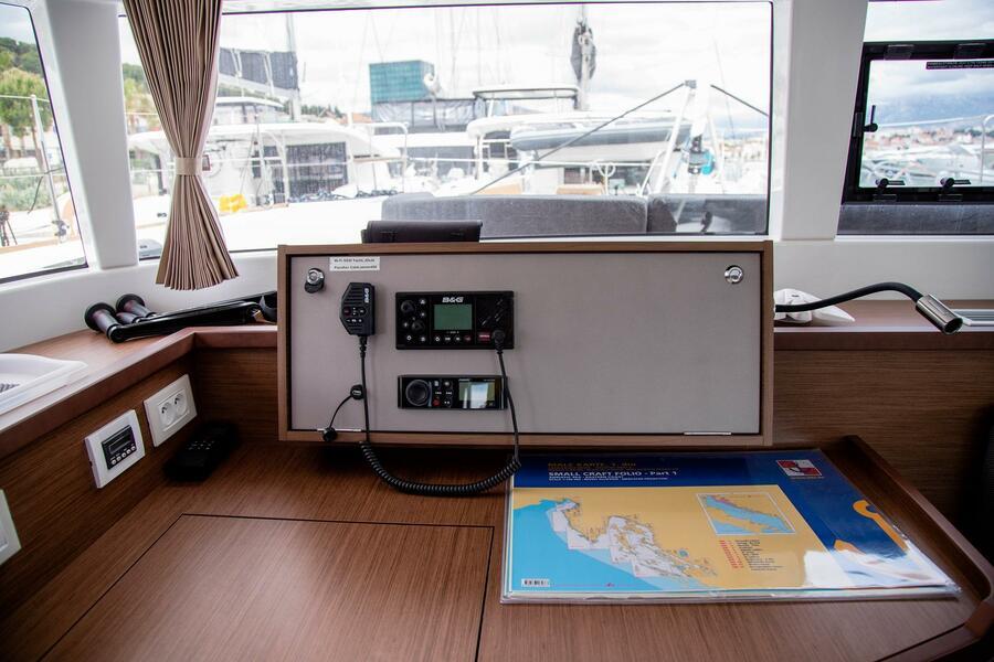 Lagoon 450 F (2019) ANJA equipped with generator, (ANJA I)  - 5