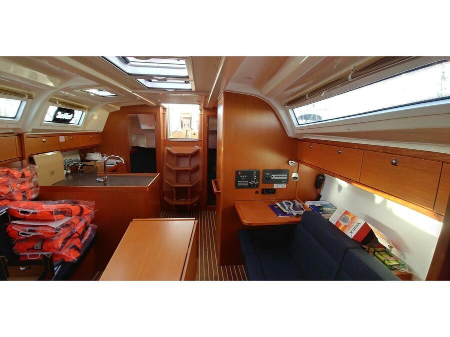 Bavaria Cruiser 37 (ALEGRIA) Interior image - 3