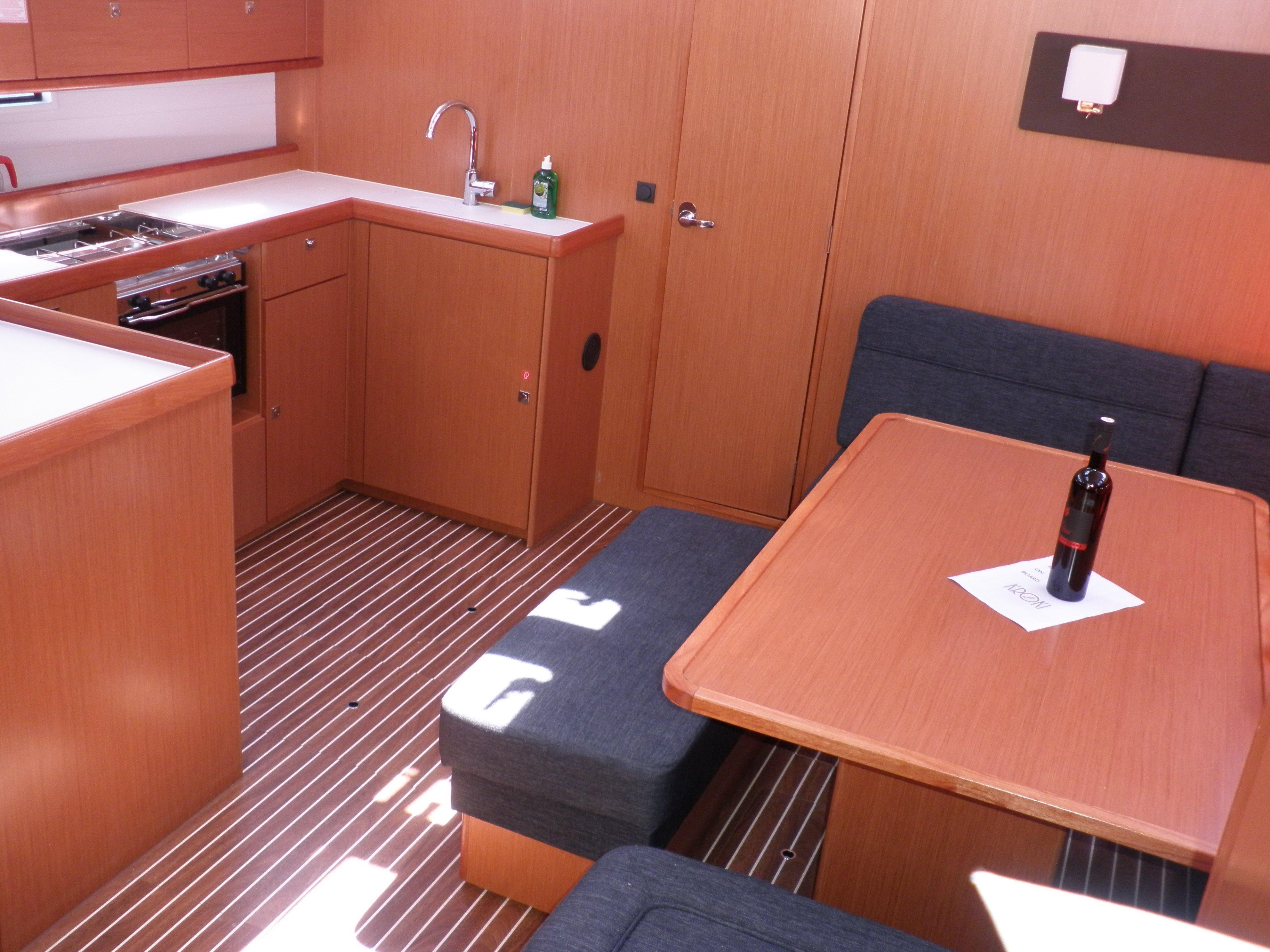 Bavaria Cruiser 51 (SOMMERNATT ) Interior image - 12