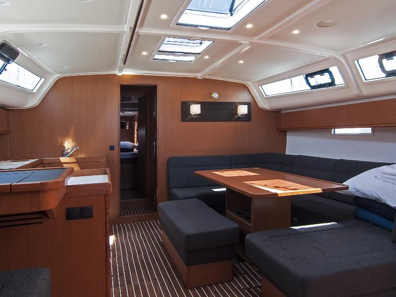 Bavaria Cruiser 51 (Adria Ivana)  - 9