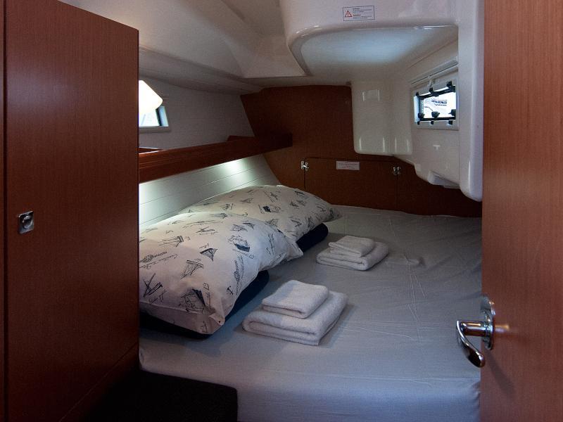 Bavaria Cruiser 33 (Adria Breeze)  - 1