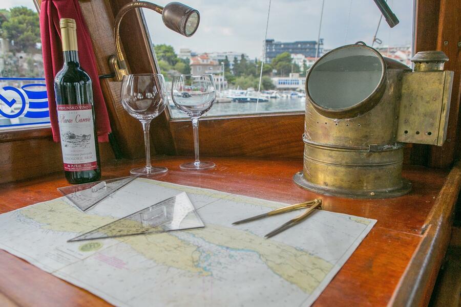Classsic dalmatian boat (Palagruža)  - 10