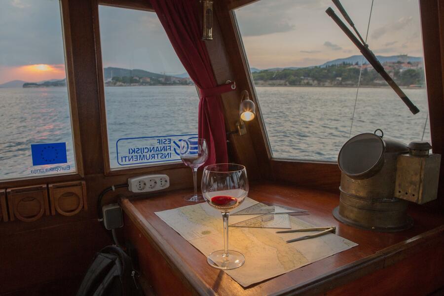 Classsic dalmatian boat (Palagruža)  - 2
