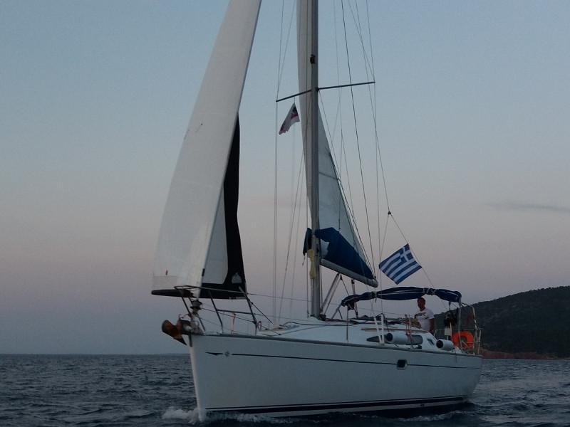 Sun Odyssey 35 (Kama)  - 1