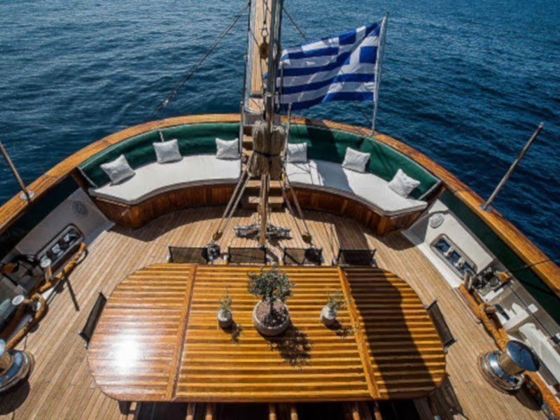 Motor sailer 1 (Arktos)  - 4