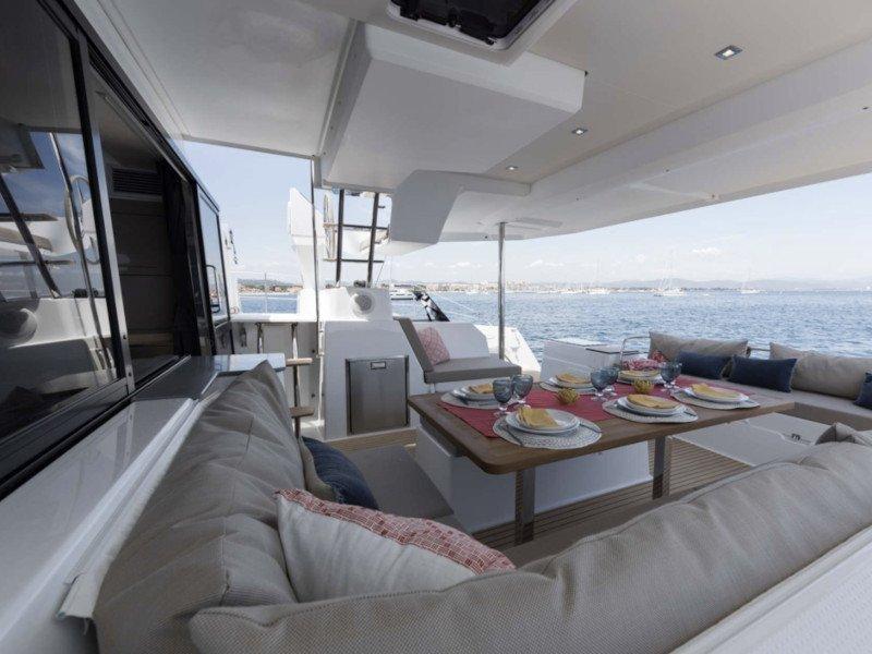 Saona 47 - 5 cabin version (White Coral)  - 3