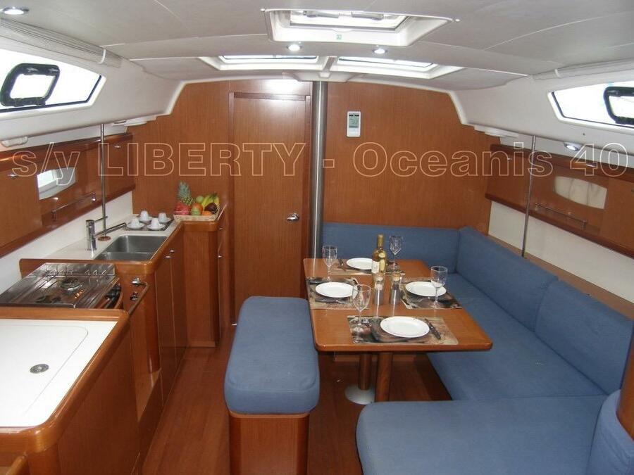Oceanis 40 (Liberty) Interior image - 18