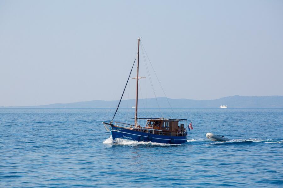 Classsic dalmatian boat (Palagruža)  - 4